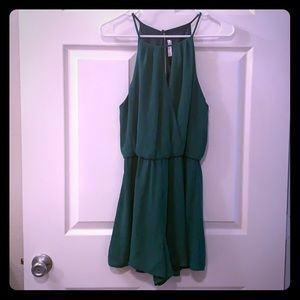Lush (from Francesca's) M green romper